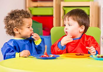 social-mealtime